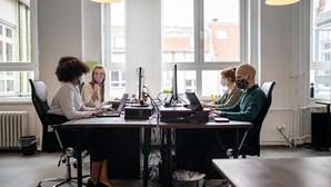 Trabalho desfasado: Empresas podem impor horários a funcionários