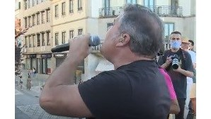 Toy canta e encanta na cidade de Viseu