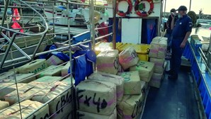 Interceptadas cinco toneladas de haxixe em barco de pesca no porto de Quarteira