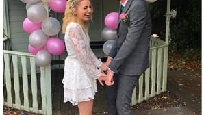 Casam-se nos cuidados paliativos para que avó do noivo em estado terminal pudesse assistir