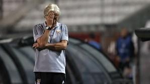 Benfica e Sporting de Braga enfrentam-se separados por três pontos
