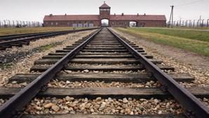 Sondagem revela que dois terços dos jovens nos EUA não sabem que morreram 6 milhões de judeus no Holocausto