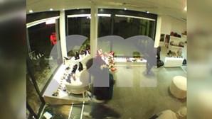 Câmaras de vigilância captam assalto a sapataria no centro de Valongo