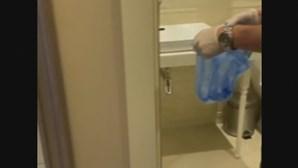 Encontrados vestígios de Novichok em garrafa de água que estava no quarto de hotel de Navalny