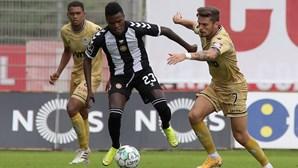 Nacional e Boavista empatam em jogo emotivo com seis golos