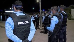 Ameaça a mulher com arsenal de armas de fogo em Sintra