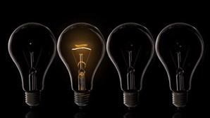 Empresa lança lâmpada que inativa Covid-19 nos transportes públicos e escritórios