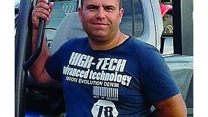 Homem de 43 anos encontrado morto debaixo de trator