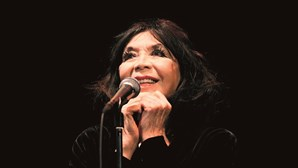 França chora a morte de Juliette Gréco