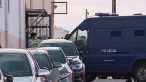 PSP da Amadora detém 12 pessoas e apreende 46 mil doses de haxixe e 11 armas de fogo