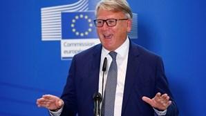 """Comissário europeu fala em """"momento revolucionário"""" para direitos sociais"""