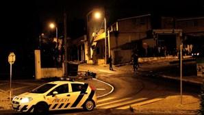 Chuva de tiros em emboscada à PSP na Amadora