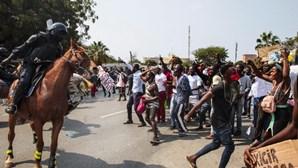 Governo angolano nega mortes em manifestação que resultou em 103 detenções