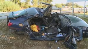 Mulher de 22 anos ferida em despiste na A1 em Coimbra