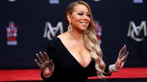 A infância dramática de Mariah Carey: o padrasto violento, a irmã prostituta e os ataques racistas