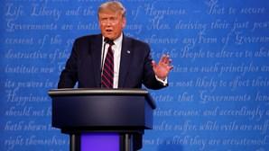 Donald Trump já não corre risco de infetar terceiros com a Covid-19, garante médico