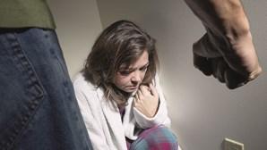 Forçou mulher a confessar que era estrela de filmes porno e acabou na cadeia