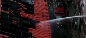 20 desalojados em incêndio na zona histórica de Lisboa
