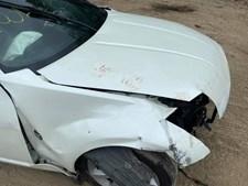 Nissan 350Z foi destruído contra um muro
