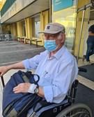 Ruy de Carvalho à saída do hospital