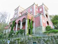 O fantasma de Palmira habita o Palácio Valenças, em Sintra
