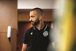 Rúben Amorim está obrigado a assistir em casa ao jogo desta noite