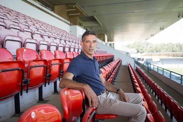 Morreu 'Dito', antigo jogador do Benfica, FC Porto e Sp. Braga - Desporto -  Correio da Manhã