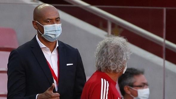 """Luisão internado após queda em casa. Antigo jogador sofreu """"algumas lesões"""""""