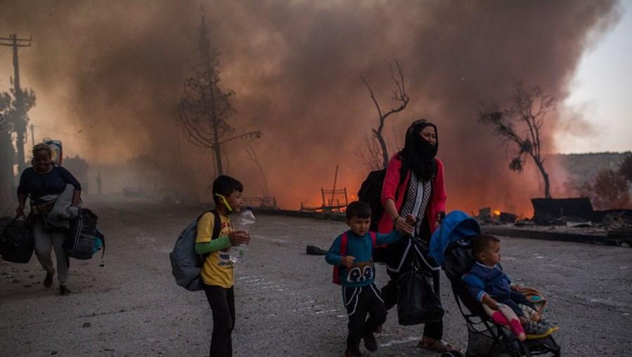 Novo incêndio deflagra no campo de refugiados de Moria, na Grécia
