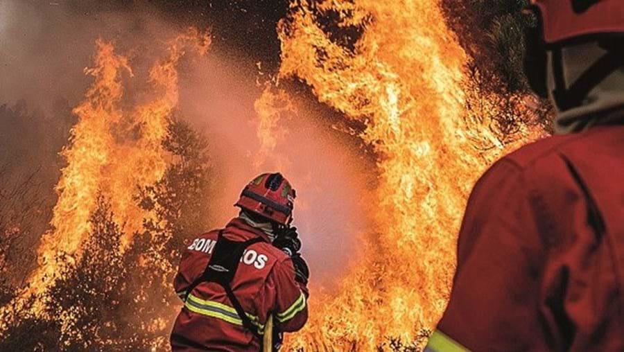 Bombeiros, xxx, incêndio