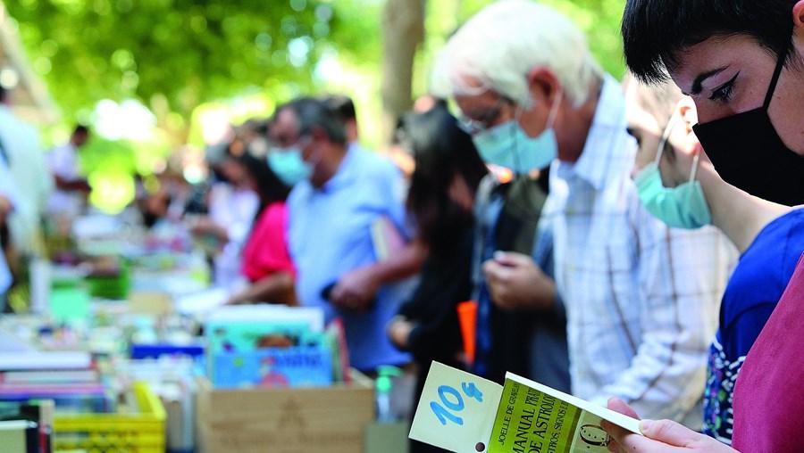 O sucesso das feiras do livro vieram dar um novo alento aos profissionais do setor