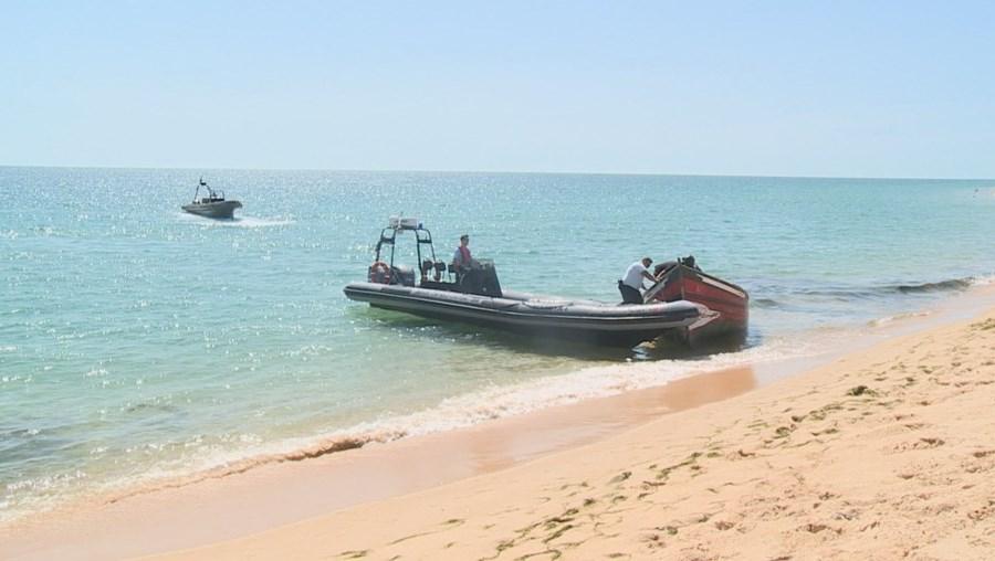 Barco de migrantes chegou ao Algarve