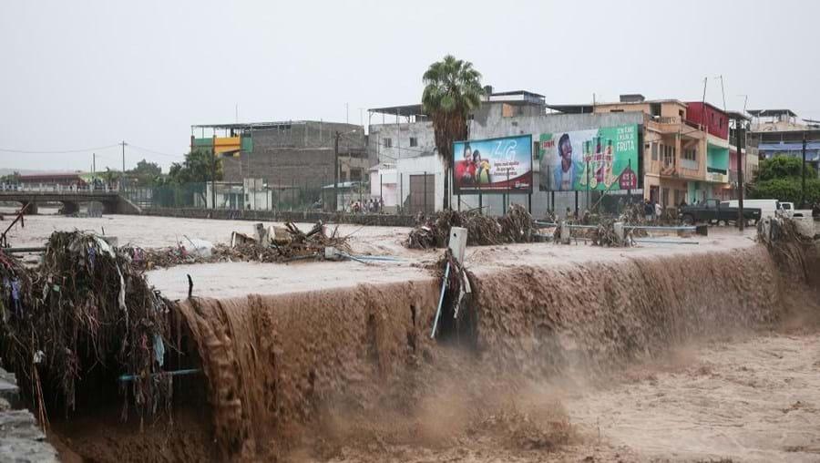 Fortes chuvas provocaram cheias na cidade da Praia