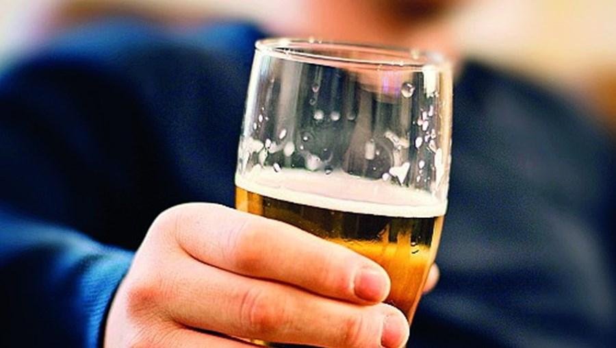 Traficante bebia álcool na rua
