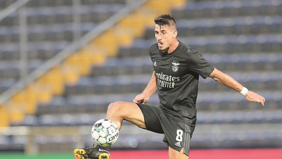 Gabriel passou de possível dispensado a titular na equipa de Jorge Jesus após a goleada (5-1) ao Famalicão