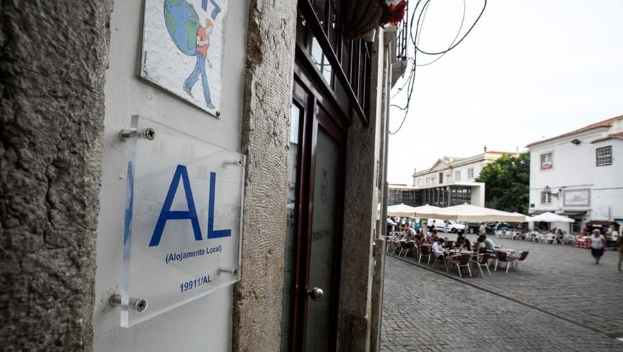 No mês de julho, os alojamentos locais de Lisboa e do Porto registaram melhorias na ocupação, mas com valores modestos de 12% e 17%, respetivamente