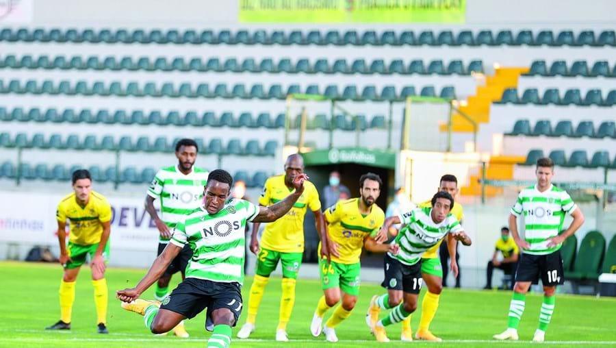 Jovane Cabral fez ontem o primeiro golo do Sporting da marca de grande penalidade e pouco depois teve de ser substituído devido a lesão