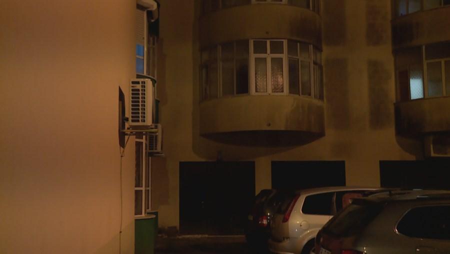 Criança de seis anos cai de 9.º andar de prédio em Sintra