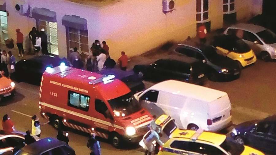Bombeiros e INEM socorreram o menino e levaram-no ao hospital, mas o pequeno Rigoberto não resistiu
