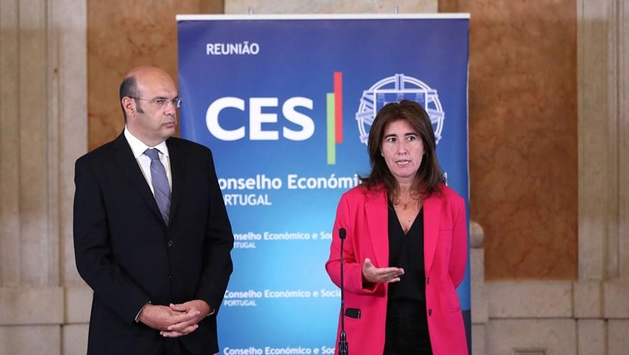 Ministro da Economia , Pedro Siza Vieira, e a  ministra do Trabalho, Ana Mendes Godinho, apresentaram a medida ontem às confederações patronais e sindicais
