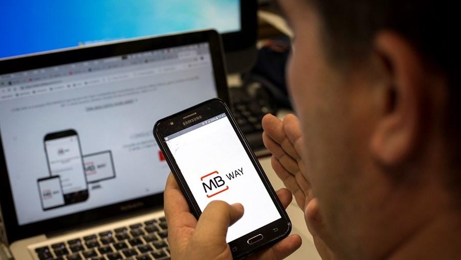 Jovem preso ludibriou vendedores de produtos online através da aplicação bancária MBway