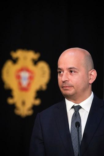 Finanças, tuteladas por João Leão, preveem dívida de 134,4% do PIB este ano.