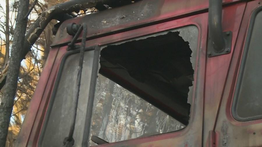 Viatura dos Bombeiros de Proença-a-Nova ficou destruída