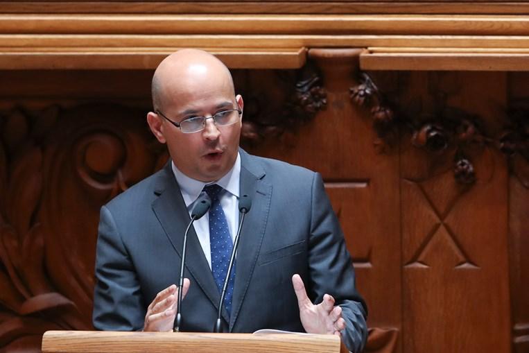 João Leão é ministro das Finanças