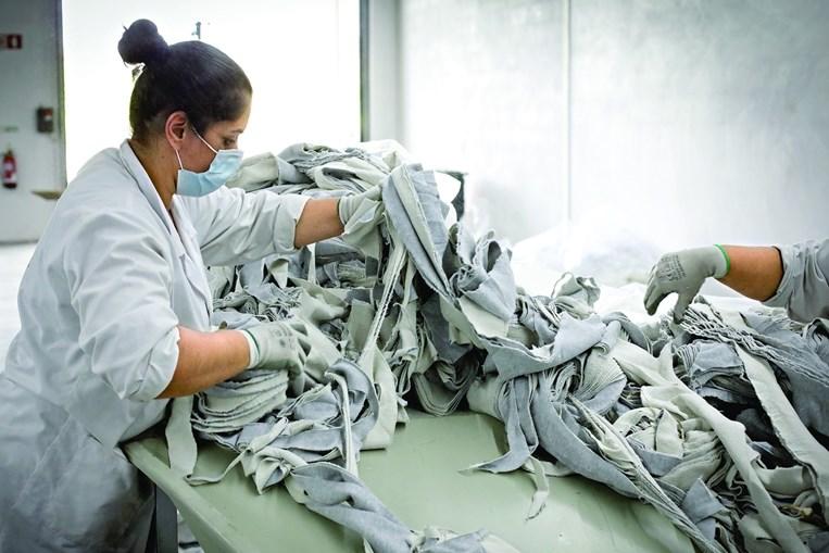 Valérius  fez um estudo  e concluiu que a crise não provocou apenas ativos  tóxicos na banca, mas  também nas marcas  internacionais de vestuário