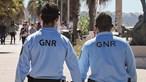Grupo encapuzado causa terror em autoestradas no norte do país. Três áreas de serviço assaltadas