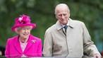 """Rainha de Inglaterra chora a morte do seu """"amado marido"""""""