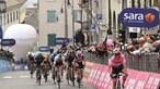 João Almeida perde camisola rosa ao 15º. dia da Volta a Itália