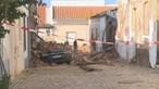 Casas devolutas desabam em Silves e atingem carro e habitações vizinhas. Veja as imagens