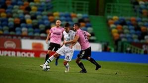 Sporting fica fora da Liga Europa após goleada do LASK em Alvalade